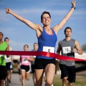 runnercrossingfinishline700_0